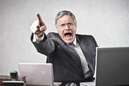 Cholerischer Chef: 3 Tipps wie Sie besser mit einem launischen Chef umgehen