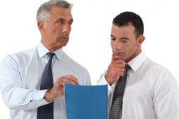 """Delegieren lernen mit ungewöhnlichen """"Delegieren-Checklisten"""" - so geht's"""