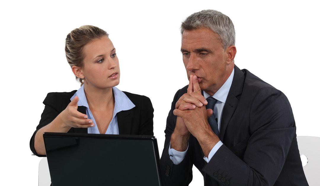 Entscheidung fällen: 4 Tipps, wie Sie Ihren Chef zur Entscheidung bringen